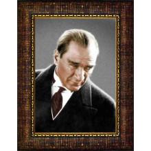 Çerçeveli Kızgın Bakan Atatürk Resmi Renkli Atatürk Portresi Atacrap02d