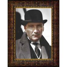Çerçeveli Melon Şapkalı Atatürk Resmi Siyah-Beyaz-Renkli Atatürk Portresi Atacrap16d