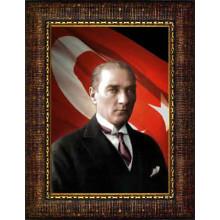 Çerçeveli Atatürk Resmi Bayraklı Renkli Atatürk Portresi Atacrap27d