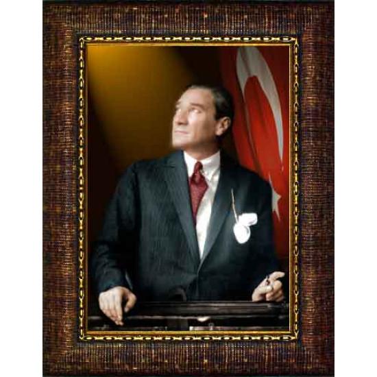 Çerçeveli Göğe Bakan Kravatlı Atatürk Resmi Bayraklı Renkli Atatürk Portresi Atacrap35d