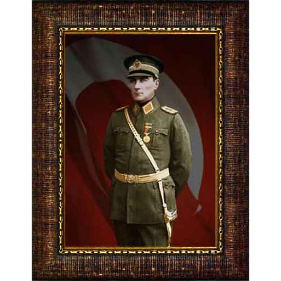 Çerçeveli Üniformalı Asker Atatürk Resmi Bayraklı Renkli Atatürk Portresi Atacrap62d