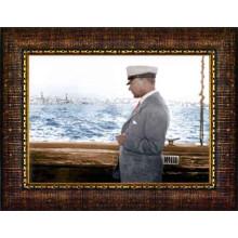 Çerçeveli Denizde Yatta Kaptan Atatürk Resmi Yandan Renkli Atatürk Profil Portresi Atacrap68y