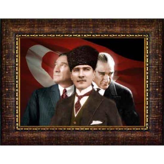 Çerçeveli Yanyana Üç Atatürk Resmi Bayraklı Renkli Atatürk Portresi Atacrap70y