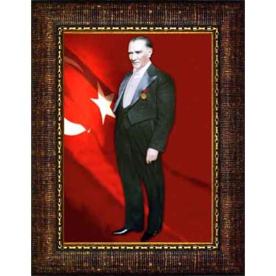 Çerçeveli Ayakta Atatürk Resmi Boydan Bayraklı Renkli Atatürk Portresi Atacrap82d