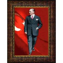 Çerçeveli Ayakta Atatürk Resmi Boydan Bayraklı Renkli Atatürk Portresi Atacrap83d