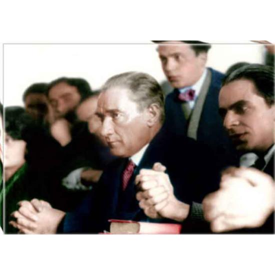 Kanvas Üniversitede Ders Dinleyen Eğitimci Atatürk Tablosu Renkli Atatürk Portresi Atatrap74y