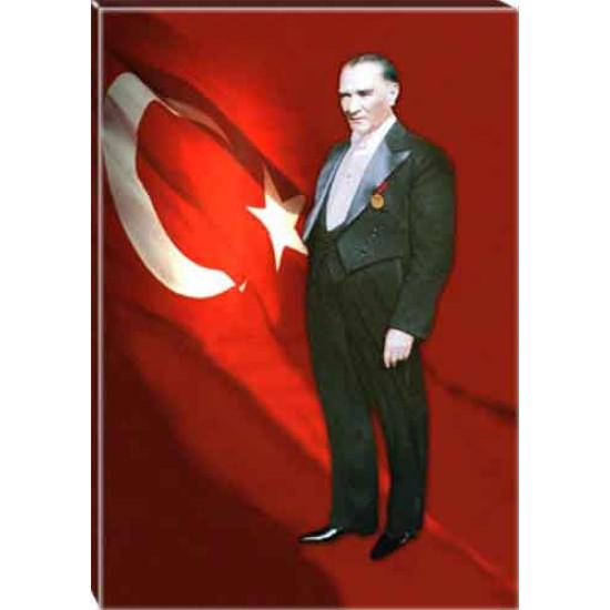 Kanvas Ayakta Atatürk Tablosu Boydan Bayraklı Renkli Atatürk Portresi Atatrap82d