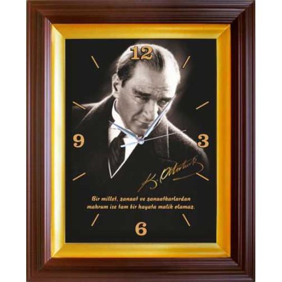 Dikdörtgen Duvar Saati Atatürk Resimli ve Atatürkün Sanatkarla İlgili Sözü Yazılı Saat 37x46cm Fisdsdus01d