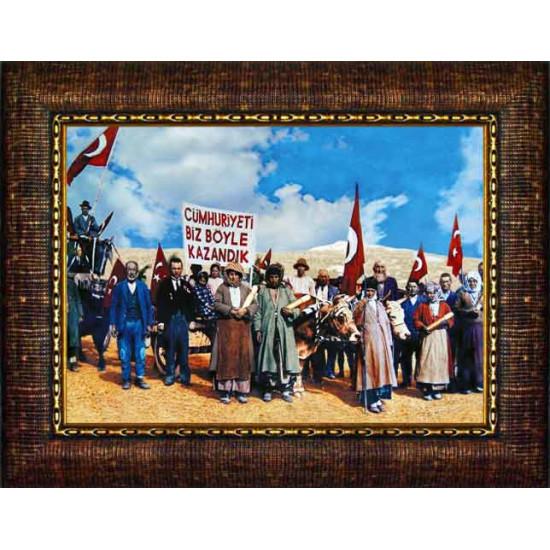 Çerçeveli Resim 29 Ekim Cumhuriyeti Biz Böyle Kazandık Resmi Anicr03cuy